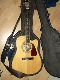 Electric-acoustic guitar